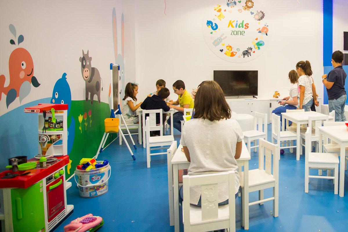 Gran Vía de Vigo kids zone 4